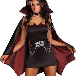 Women's banging fun and sexy vampire costume